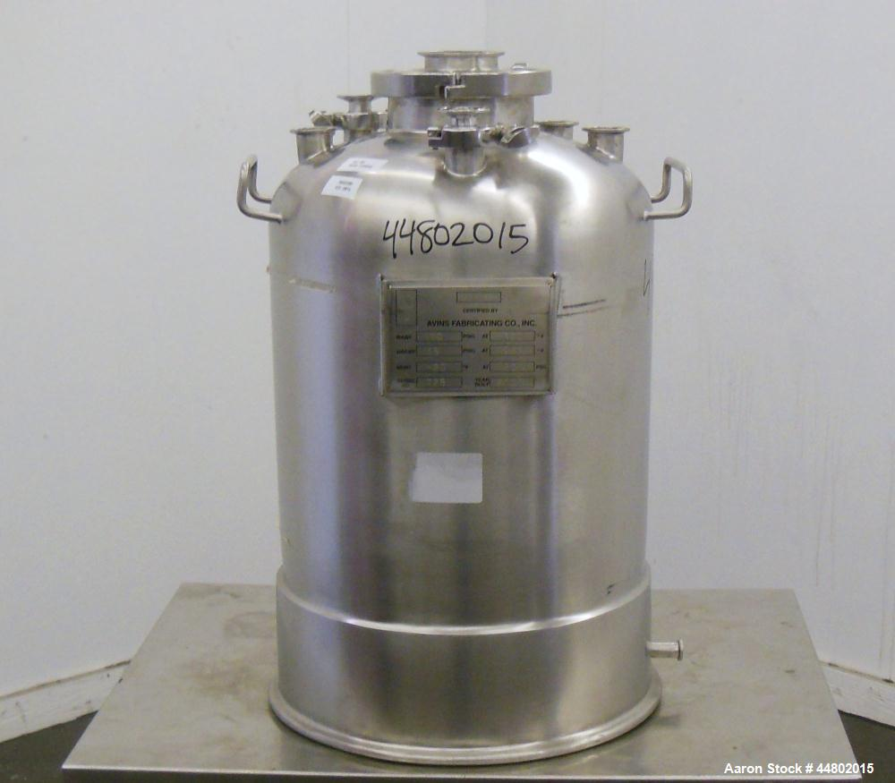 Used- 10 Gallon Stainless Steel Avins Fabricating Pressure Tank