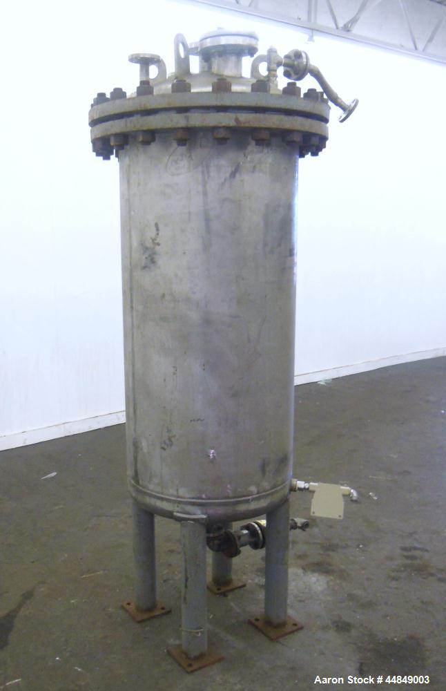 "Used- Whiting Metals Pressure Tank, 100 gallon, 304L Stainless Steel, Vertical. 24"" diameter x 48"" straight side, dished bol..."