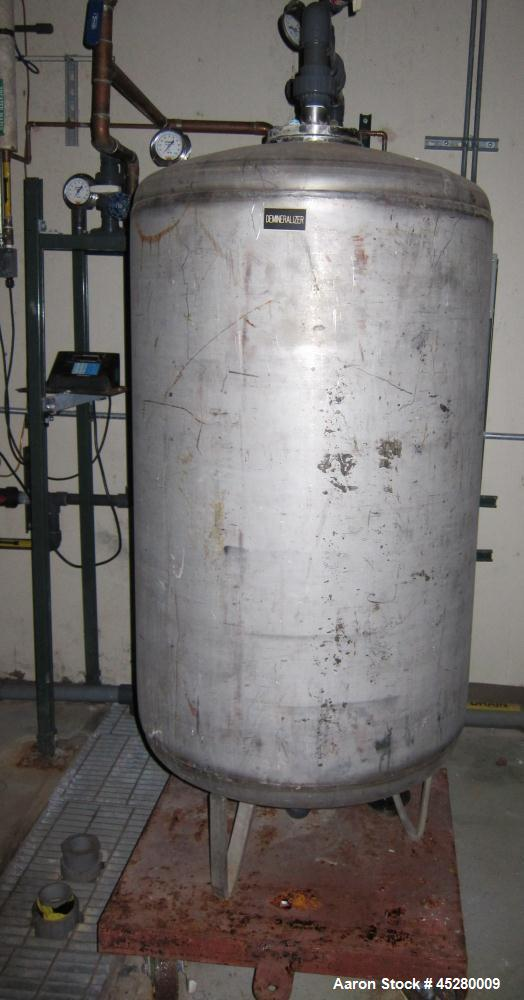 Used- 200 Gallon Stainless Steel Demineralizer Tank, Model EKXJC-65