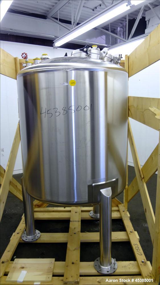 Used- 300 Gallon Stainless Steel Lee Industries Pressure Tank, Model 300CBT