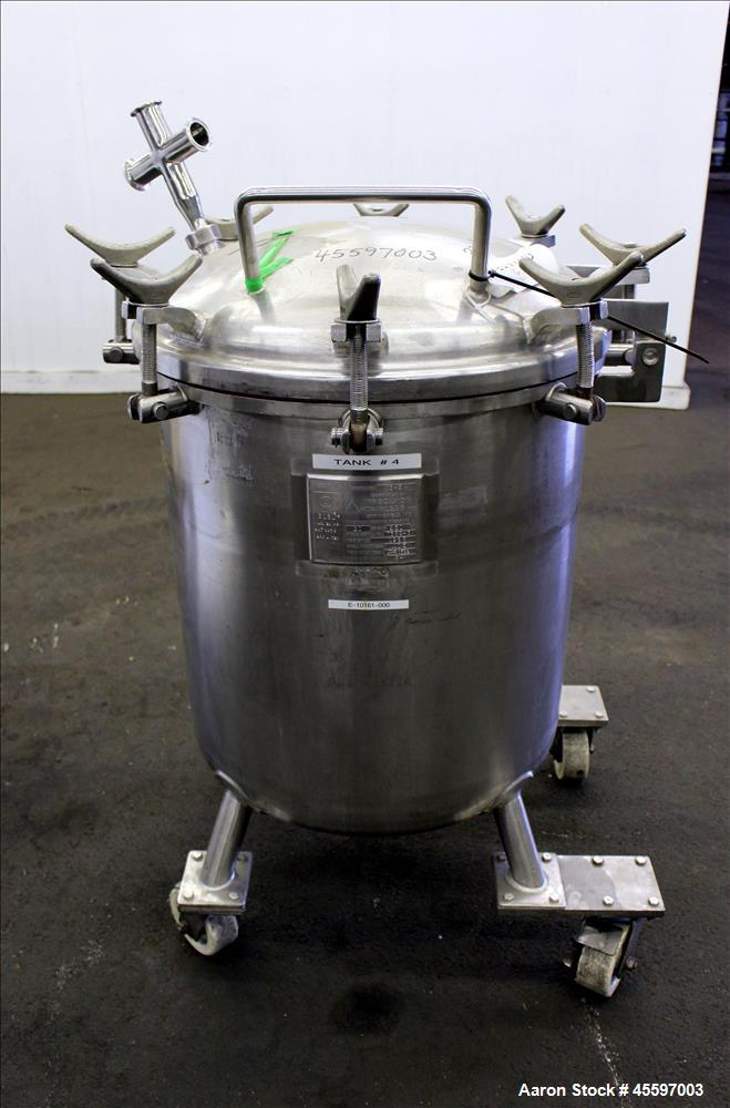 Used- 52 Gallon Stainless Steel Vertical Pressure Tank
