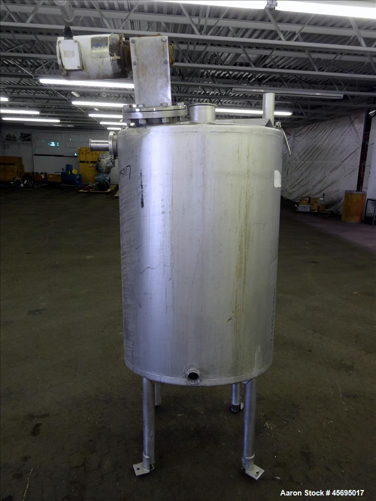 "Used- Tank, Approximately 150 Gallon, Stainless Steel, Vertical. 31"" Diameter x 46"" straight side, flat top with a 1/3 hinge..."