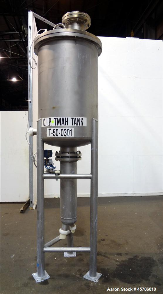 "Used- Lee Industries Teflon Lined Pressure Tank, 144 Gallon, Model 144DBT, 316 Stainless Steel, Vertical. 30"" Diameter x 44""..."