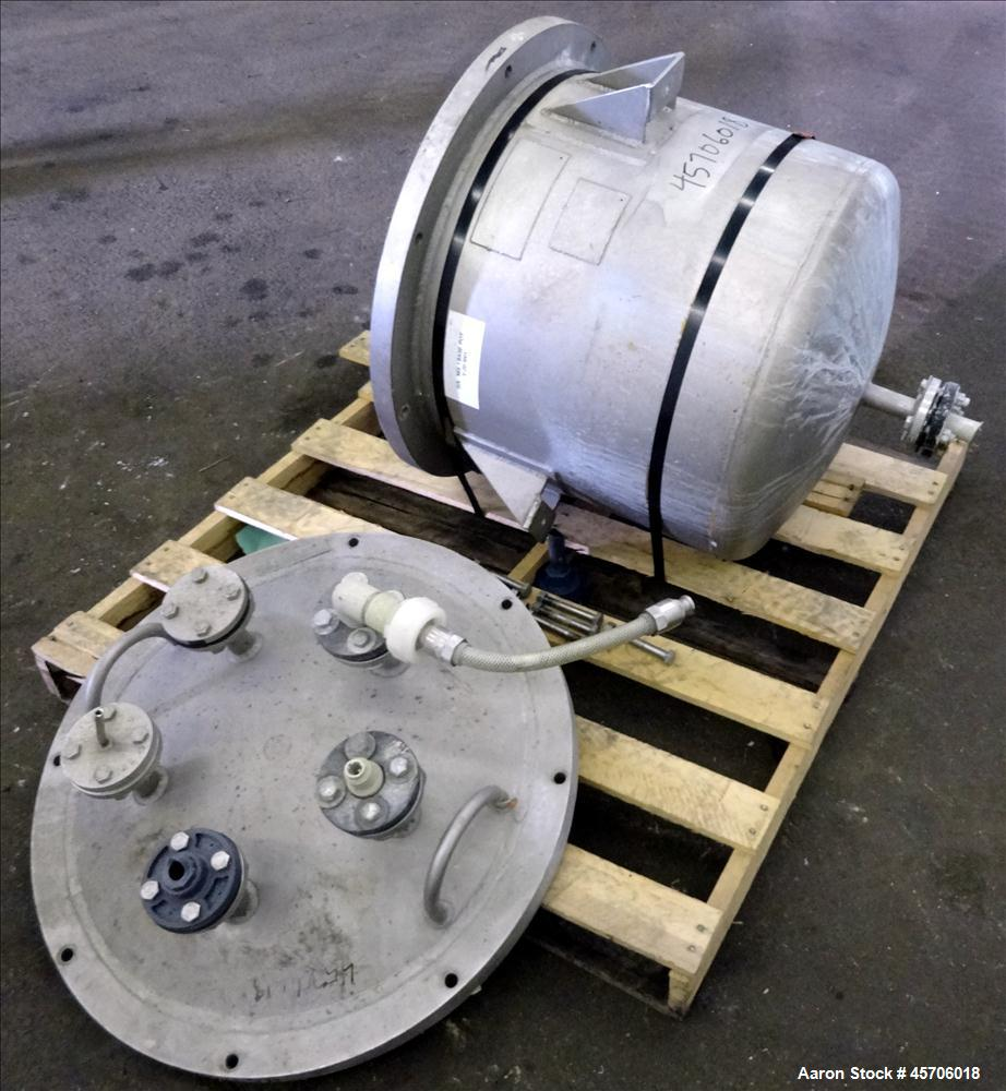 "Used- Lee Industries Pressure Tank, 45 Gallon, Model 45DBT, 316 Stainless Steel, Vertical. Approximate 24"" diameter x 18"" st..."