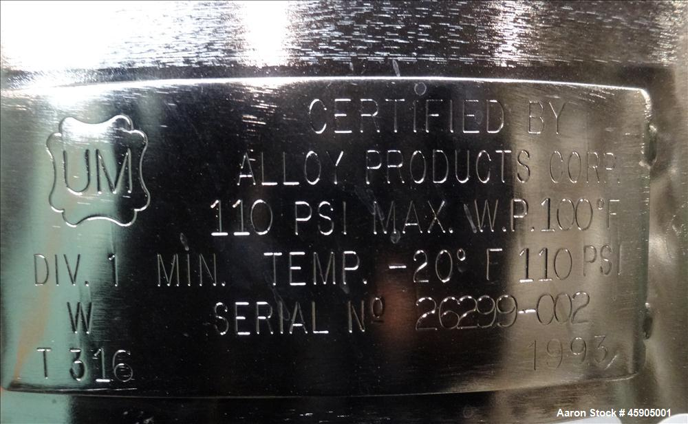 "Used- Alloy Products Pressure Tank, 30 Gallon, 316 Stainless Steel, Vertical. Approximate 18"" diameter x 29"" straight side, ..."