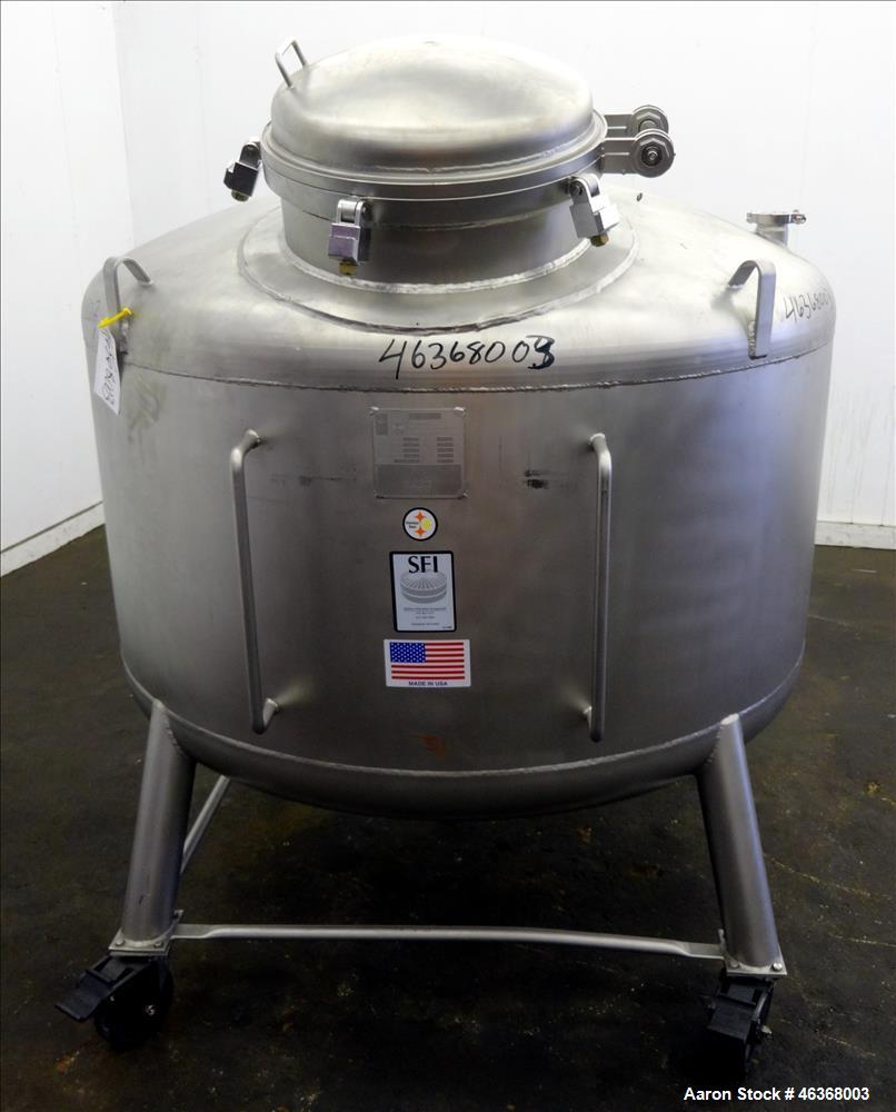 "Used- Stainless Fabrication Pressure Tank, 275 Gallon, 316L Stainless Steel, Vertical. 54"" Diameter x 23-1/2"" straight side,..."