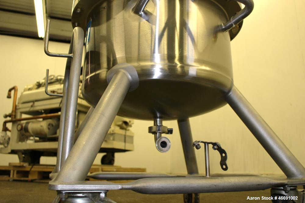 Used- DCI Pressure Tank, 60 Liter (15.8 Gallon), 316 Stainless Steel, Vertical.