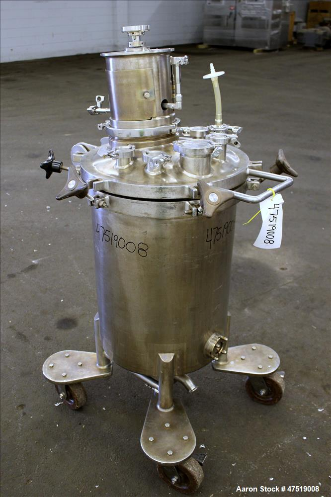 Used- Lee Industries Mix Tank, Model 100LCBT, 26.4 Gallon (100 Liter), 316 Stain