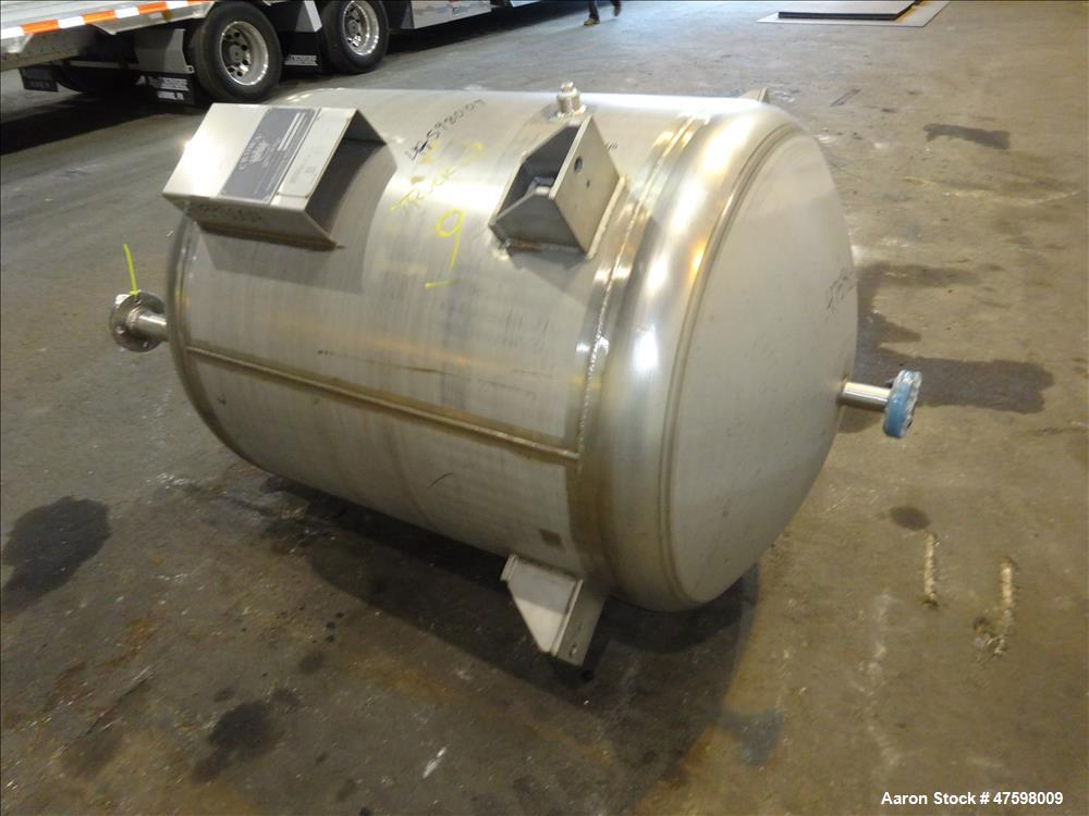 Unused- Crown Iron Works Pressure Tank, 275 Gallon, 304L Stainless Steel, Vertic
