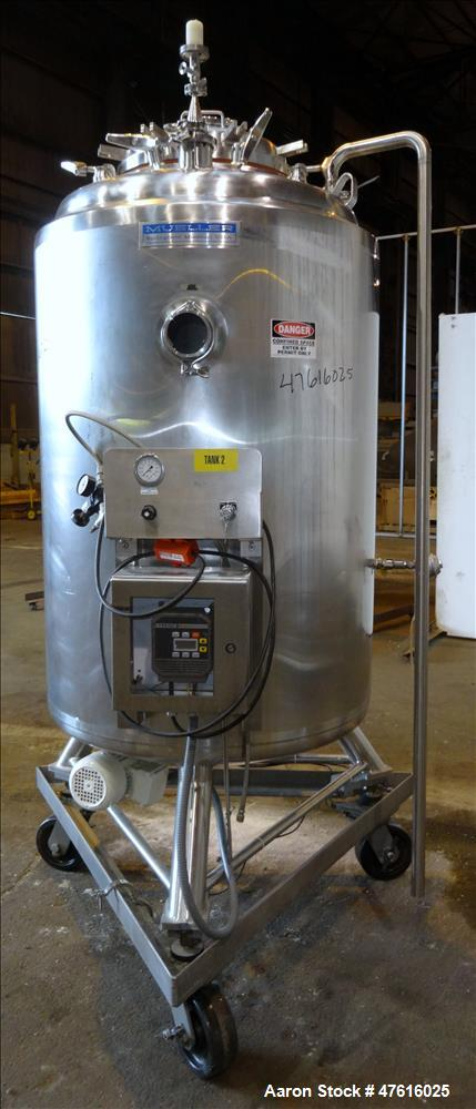 Used- Mueller Pressure Tank, Model F,(198 Gallon), 316L Stainless Steel
