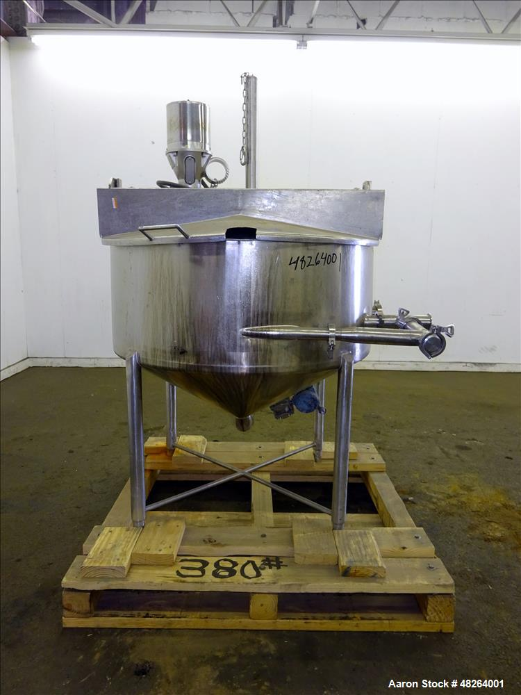 Used- Mix Tank, Approximately 100 Gallon, 316 Stainless Steel, Vertical.