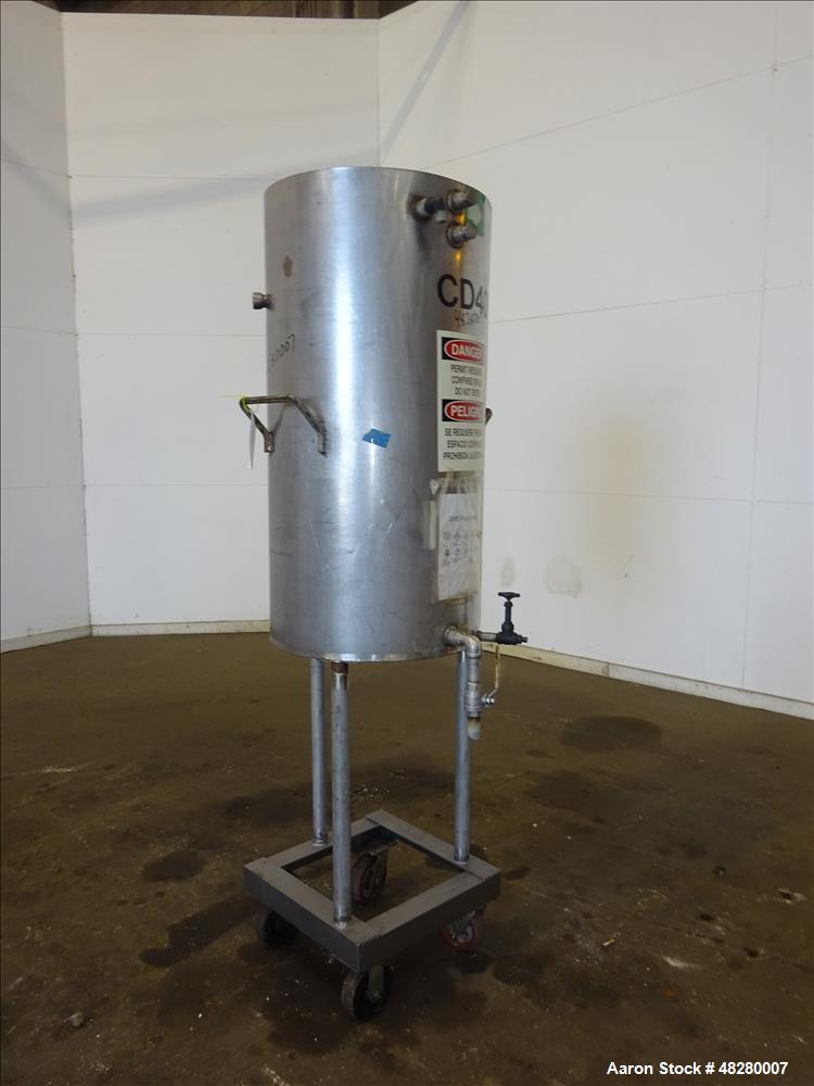 Used- Tank / Condensing unit, Approximately 75 Gallon, 304 Stainless Steel, Vert