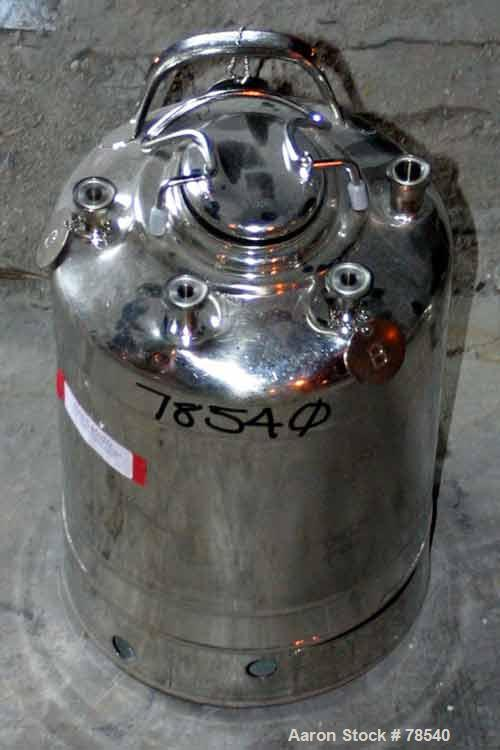 "Used- Pressure Tank, 4.40 Gallon, T316L Stainless Steel. 12"" diameter x 9"" straight side. Rated 140 PSI @ 100 Degrees F. Ope..."