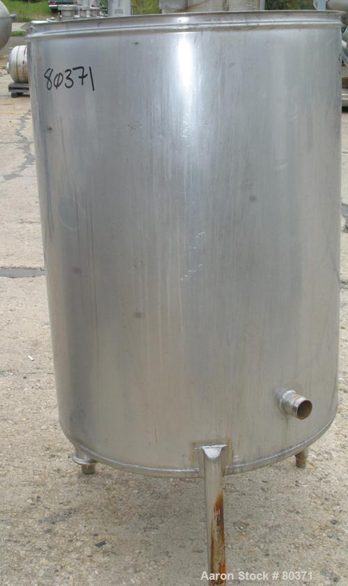 "USED: Tank, 200 gallon, 304 stainless steel, vertical. 36"" diameter x46"" straight side. Open top with cover, 1"" sloped botto..."