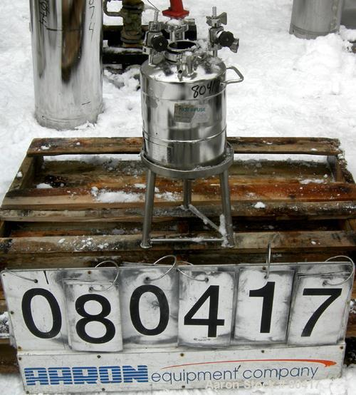 Used- 2 Gallon Stainless Steel Alloy Products Pressure Tank