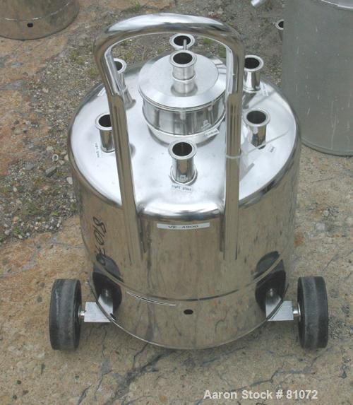 "USED: Alloy Products pressure tank, 13 gallon, 316L stainless steel, vertical. 18"" diameter x 10"" straight side. Dished top ..."