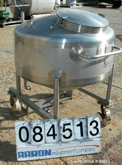 "USED: Walker Tank, 100 gallon, 304 stainless steel, vertical. 42"" diameter x 16"" straight side. Dished top, coned bottom. Op..."