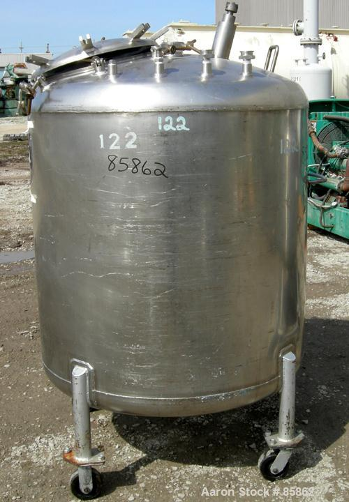 "USED: Mueller pressure tank, 300 gallon, 304 stainless steel, vertical. 44"" diameter x 42"" straight side, dished top and bot..."