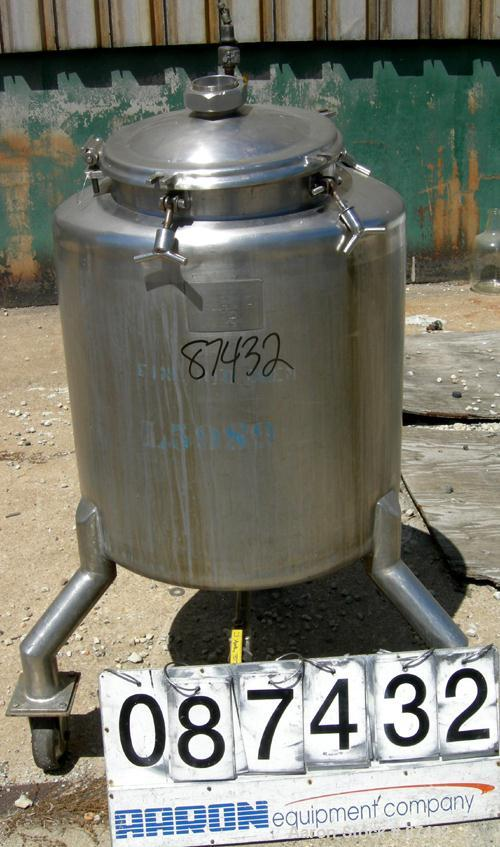 "USED: Walker Stainless pressure tank, 75 gallon, 316 stainless steel, vertical. 28"" diameter x 26"" straight side, dish top a..."