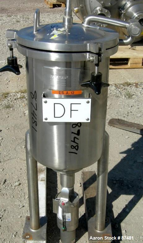 Used- 5 Gallon Stainless Steel Lee Industries Tank, Model 5DBT