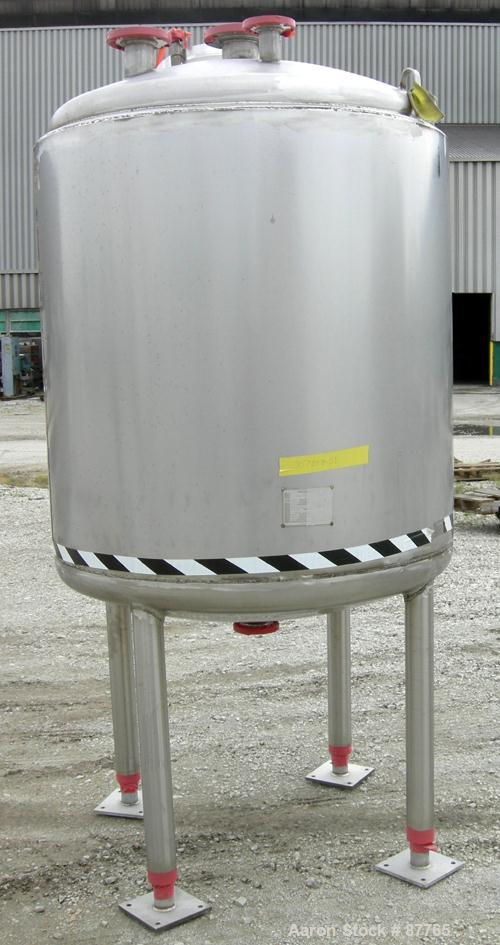 "Unused-NEW: Mueller pressure tank, 470 gallon, 304/304L stainless steel, vertical. 48"" diameter x 50"" straight side. Dished ..."