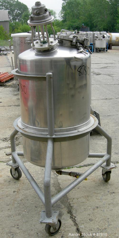 "USED: Groen pressure tank, 60 gallon, 316 stainless steel, vertical. 24"" diameter X 34"" straight side, dish top and bottom. ..."