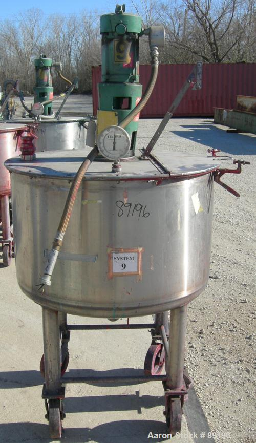 "USED: Graco tank, 100 gallon, 304 stainless steel, vertical. 30"" diameter x 20"" straight side. Flat bolt on top with 1/4 hin..."