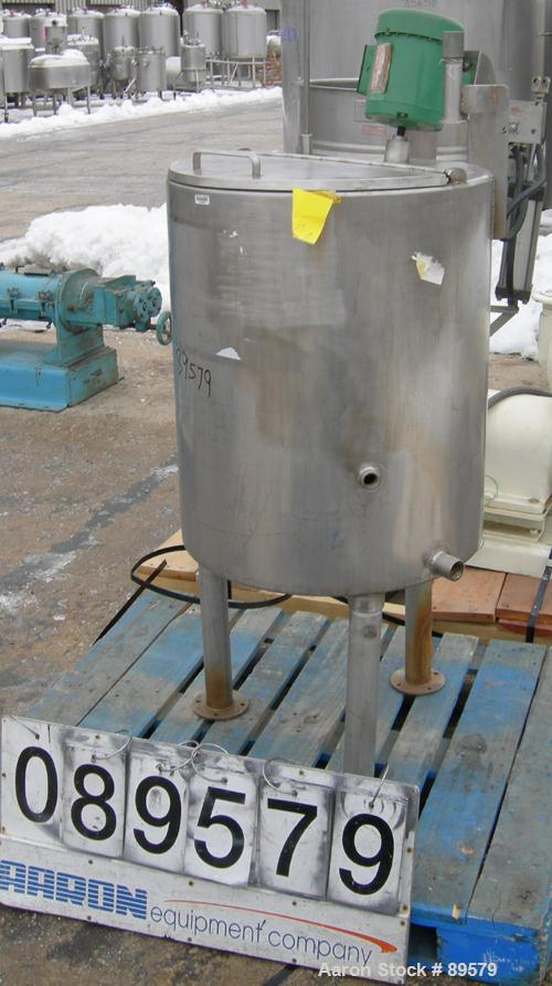 "USED: Tank, 55 gallon, 304 stainless steel, vertical. 24"" diameter x 29"" straight side. Flat top with a 1/2 hinged cover, sl..."