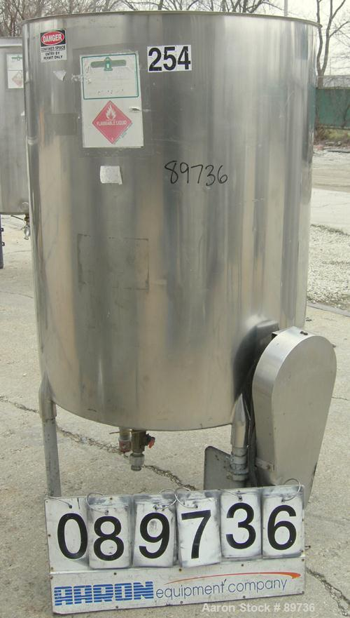 "USED: Tank, 225 gallon, 304 stainless steel, vertical. 38"" diameter x 48"" straight side, open top, no cover, flat bottom. Ap..."