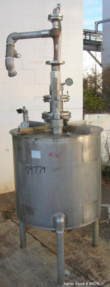 "USED: Approximate 100 gallon, 304 stainless steel, tank. 29"" diameter x 29"" straight side. Cone bottom, flat top. Built by U..."