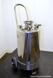 Used- 7 Gallon Stainless Steel Apache Stainless Pressure Tank