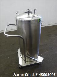 "Alloy Products Pressure Tank, 30 Gallon, 316 Stainless Steel, Vertical. Approximate 18"" diameter x ..."