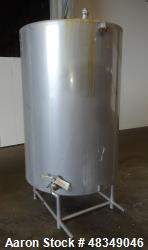 Used- CIP Tank, Approximately 500 Gallons, 304 Stainless Steel, Vertical.