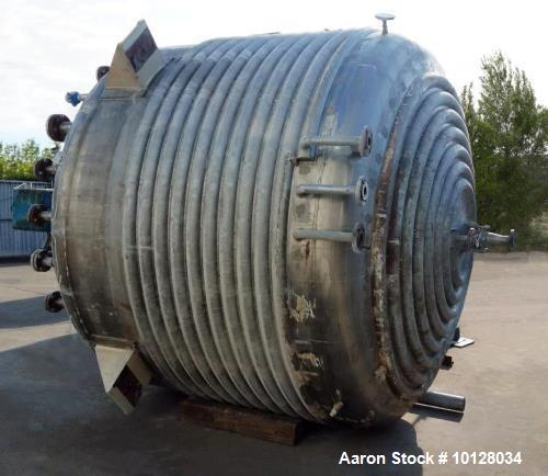 """Used- 3,000 Gallon Vertical Stainless Steel Jacketed Mix Tank. 108"""" diameter x 74"""" straight side dished top and bottom. 316 ..."""
