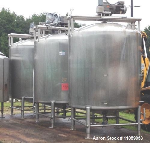2000 Gallon Stainless Steel APV Sanitary Construction Sweep Agitated Mix Tank