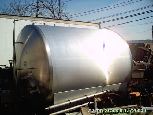 "Unused-Used 3000 gallon stainless steel tank. Manufactured by Cherry Burrell. Approximately 87 inches in diameter X 117"" lon..."
