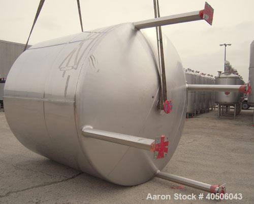 "Unused- Mueller Tank, 3000 Gallon, Model ""F"", 304L Stainless steel, Vertical. 96"" diameter x 86"" straight side, dished top a..."