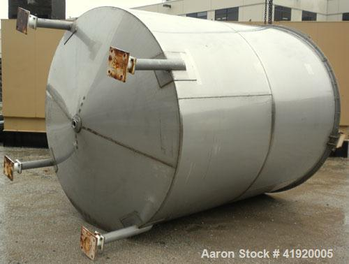 "Used- Tank, 4200 Gallon, 304 Stainless Steel, Vertical. 100"" diameter x 120"" straight side, flat open top with a bolt on cov..."