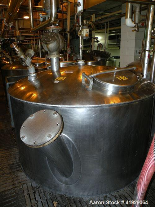 "Used- Lee Metal Products Tank, 1500 Gallon, 316 Stainless Steel, Vertical. 76"" Diameter x 56"" straight side, dished 304 stai..."