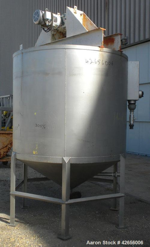 "Used- Tank, 1100 Gallon, 304 Stainless Steel, Vertical. 72"" Diameter x 62"" straight side x 42"" coned bottom, open top with n..."
