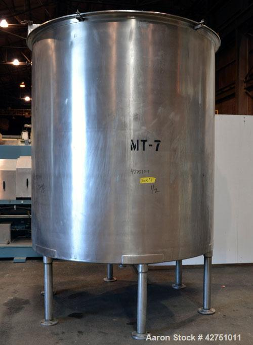 "Used- Groen Tank, 2000 Gallon, Model 2000 SP, 304 Stainless Steel, Vertical. 84"" Diameter x 90"" straight side. Open top with..."