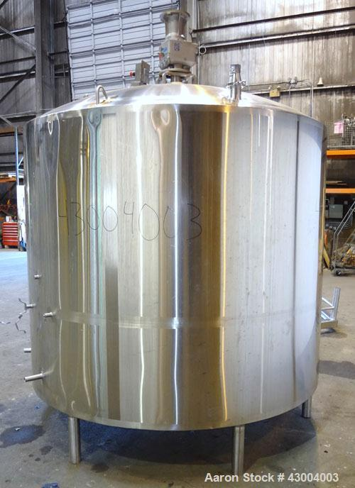 "Used- Walker Stainless Mix Tank, 1500 Gallon, 304 Stainless Steel, Vertical. Approximate 84"" diameter x 64"" straight side. D..."