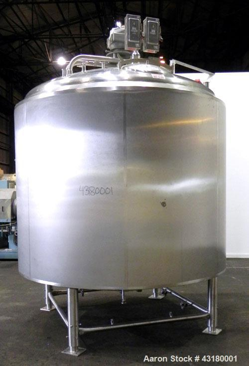 Used- Crepaco Processor Kettle, 2500 Gallon, 304 Stainless Steel, Vertical. 96'' Diameter x 76'' straight side, dished top, ...
