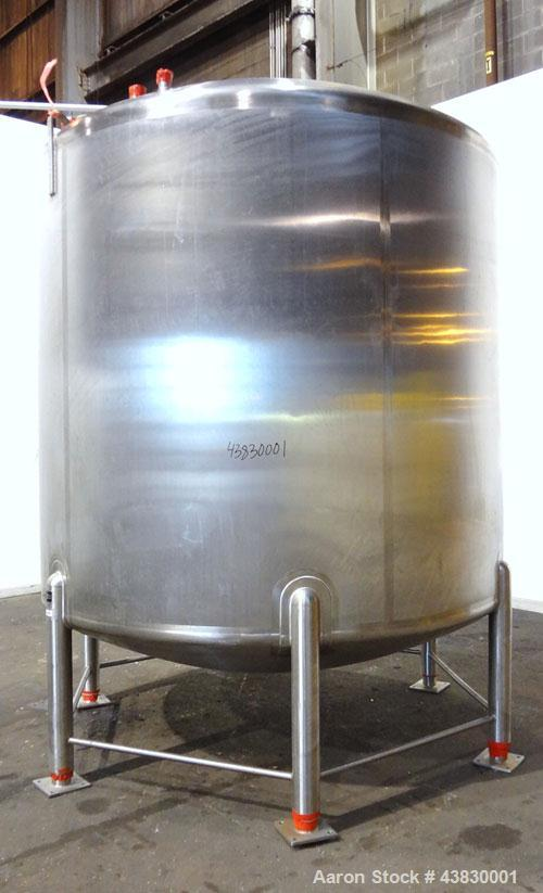 "Unused- Feldmeier Tank, 3000 Gallon, 316 Stainless Steel, Vertical. Approximate 96"" diameter x 84"" straight side. Dished top..."