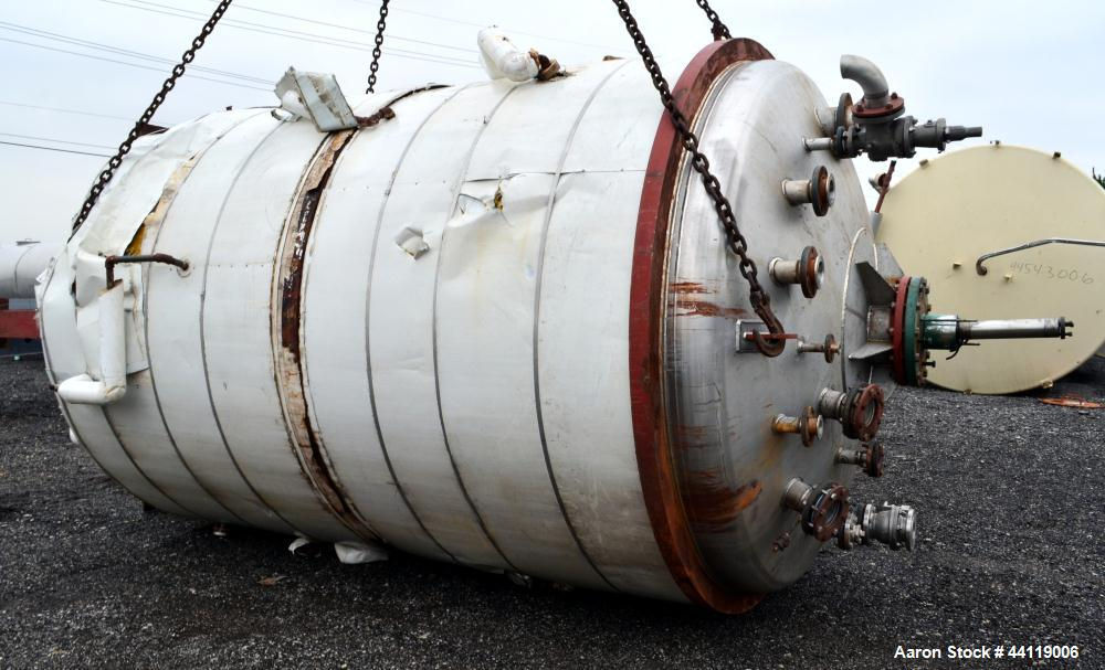 "Used- Midwest Fabricators Pressure Tank / Reactor, 4500 Gallon, 316 Stainless Steel, Vertical. 96"" Diameter x 138"" straight ..."
