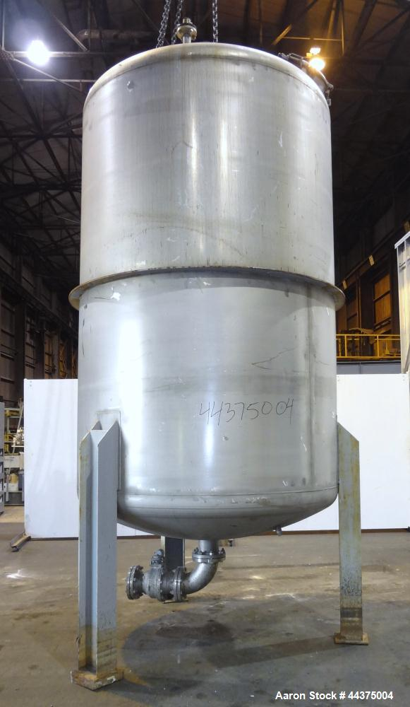 "Used- Wolfe Mechanical And Equipment Pressure Tank, 3093 Gallon, 316 Stainless Steel, Vertical. 84"" diameter x 120"" straight..."