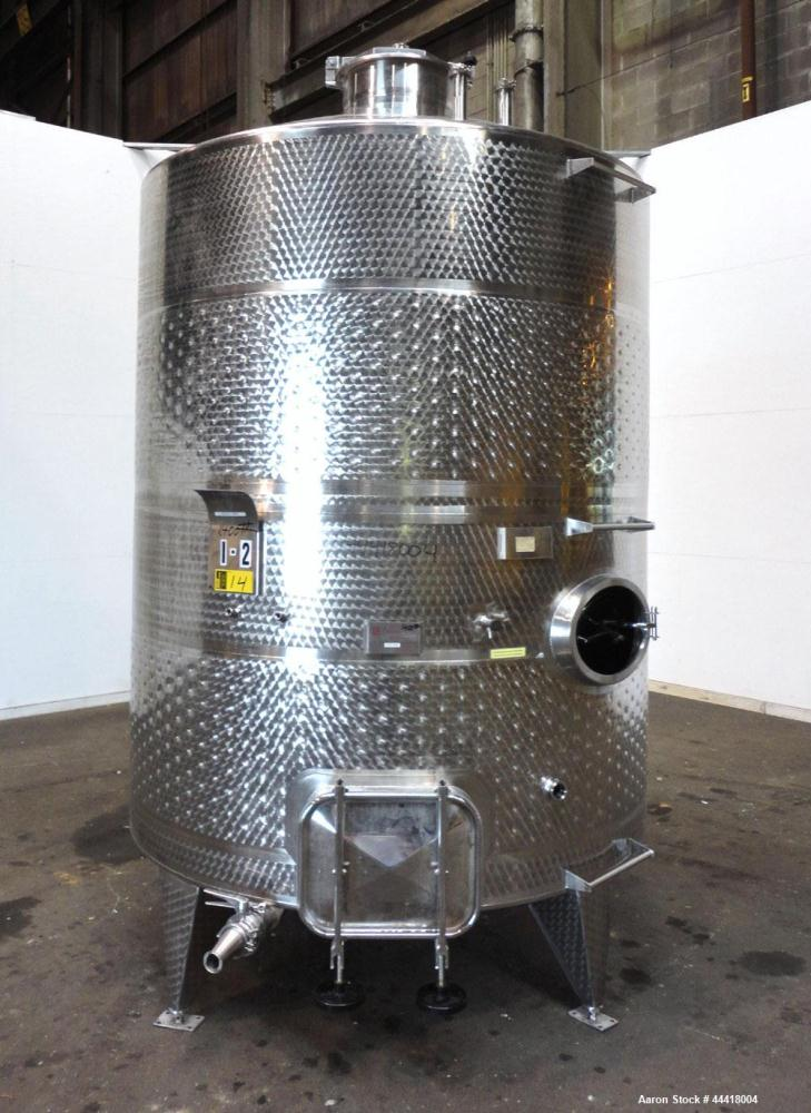 "Used- Vinquip Jacketed Beverage Tank,  2284 Gallon, 304 Stainless Steel, Vertical. Approximately 83"" diameter x 97-1/2"" stra..."