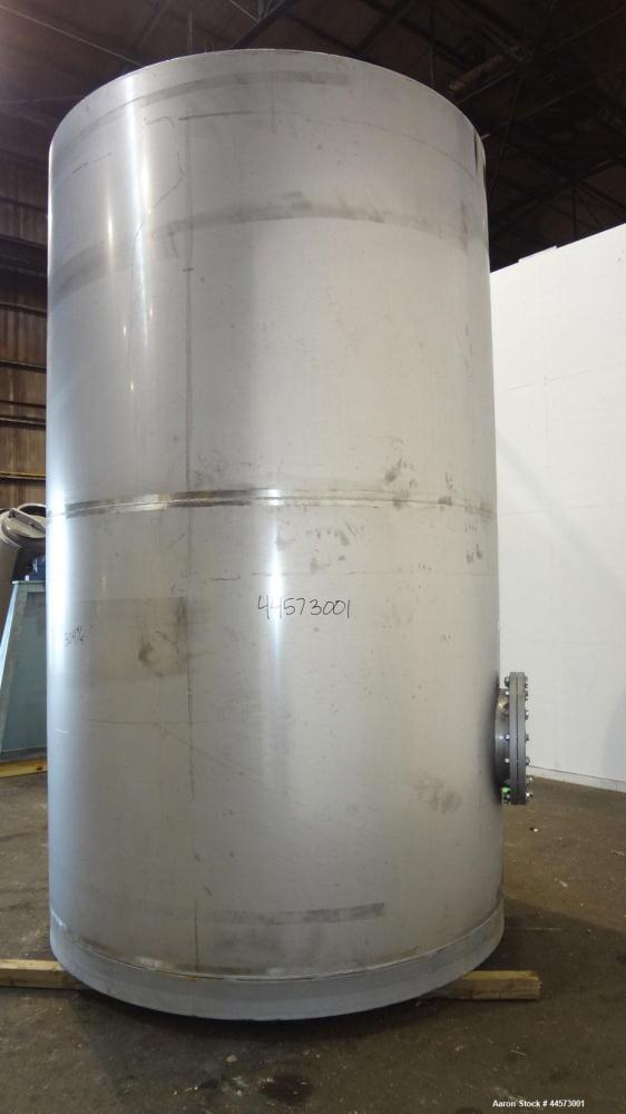"Used- REC Industries Tank, 3965 Gallon, 304 Stainless Steel, Vertical, Model 3000.90.144.S.T4.  Approximately 90"" diameter x..."