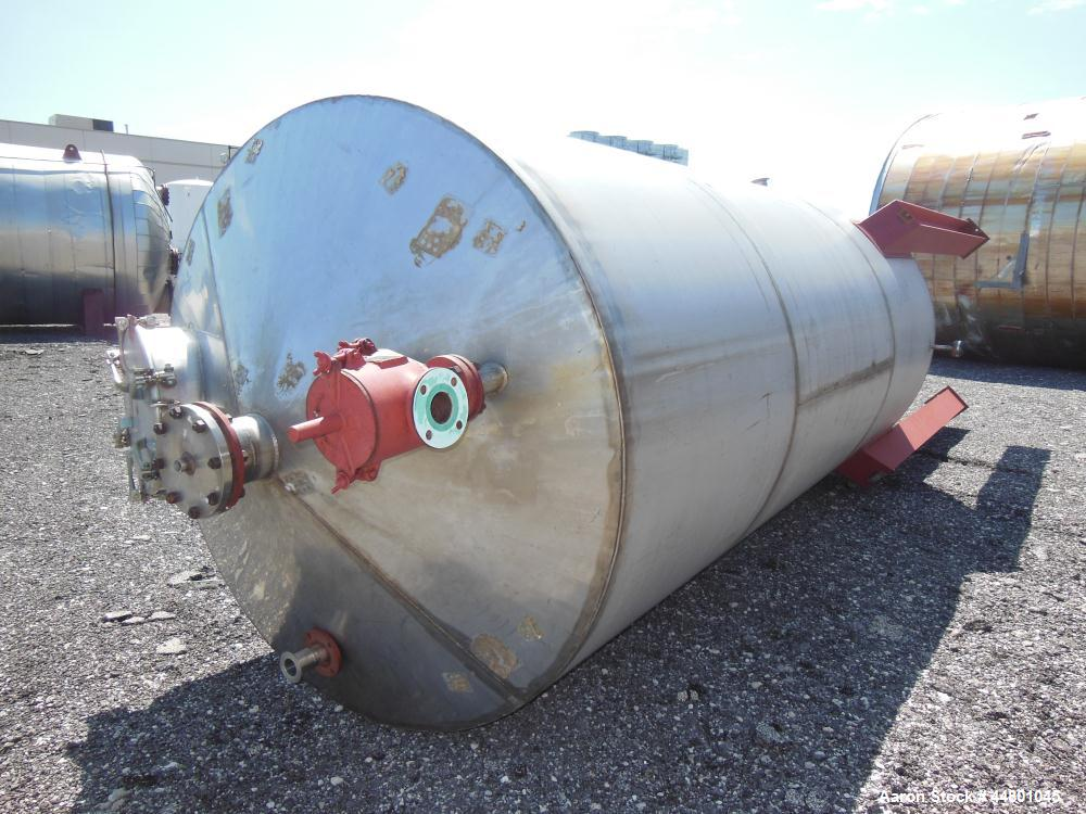 "Used- Par Piping & Fabrication Tank, 2500 Gallon, 321 Stainless Steel, Vertical. 72"" Diameter x 144"" straight side, coned to..."