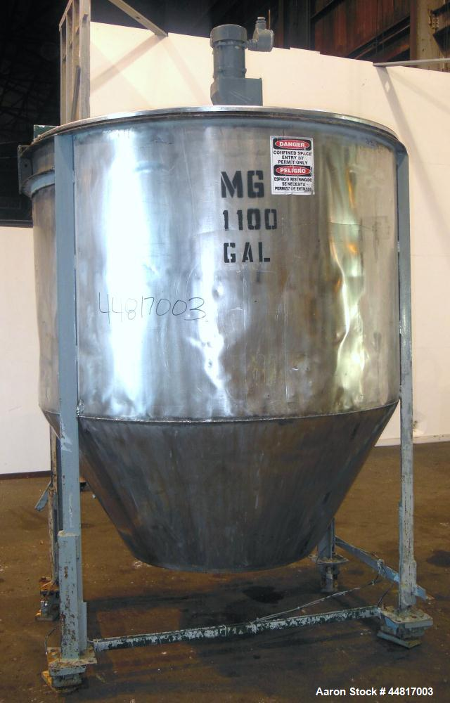"""Used- Tank, 1000 Gallons, 304 Stainless Steel, Vertical.  Approximately 72"""" diameter x 42"""" straight side x 33"""" cone. Flat op..."""